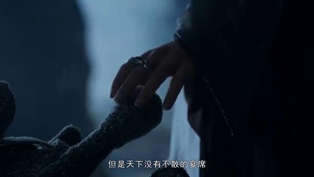 雪诺读剧本发现自己杀害龙妈时,无法接受哭了