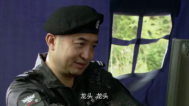 特警学院参加实战演习,对抗正式特警队员,被老鸟们撵成小老鼠