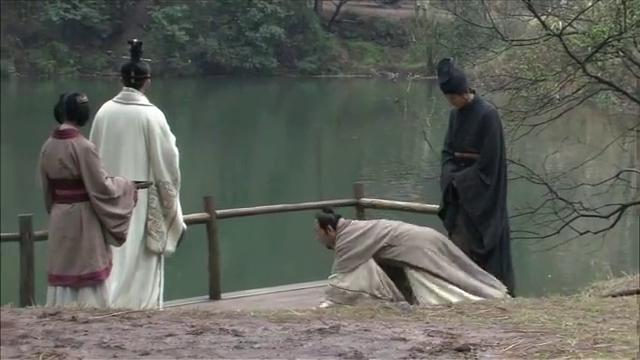 指出赢稷因为惧怕王贵,约到远离咸阳宫的泾阳宫