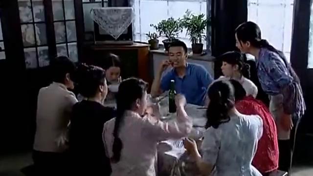 傻春:廖忠一好奇老太太咋教育女儿的,老太太筷子一挥,回答绝了