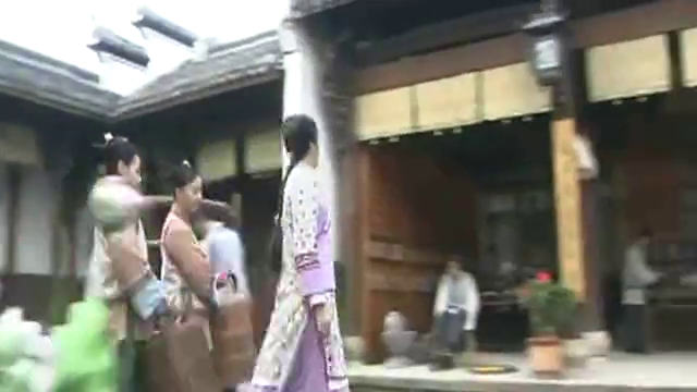 玫瑰江湖:风琴被老爷关在房间饿死,心机女还在霍思燕面前演戏?