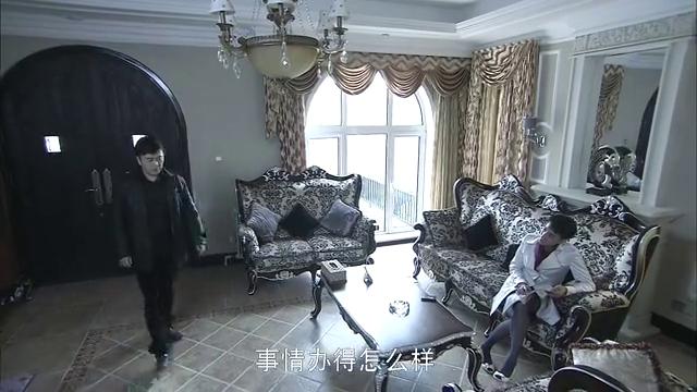阿峰约飞哥在冯的KTV里,千万不能出问题,毒品又牵连吹个飞哥?