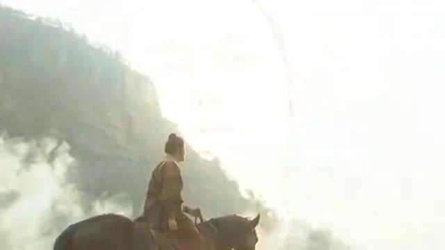 郭靖去到蒙古草原,立马得到元帅恭迎,郭大侠名声威震四海
