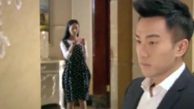 赵丽颖怀孕,老公在别墅里到处张贴小广告,提醒大家