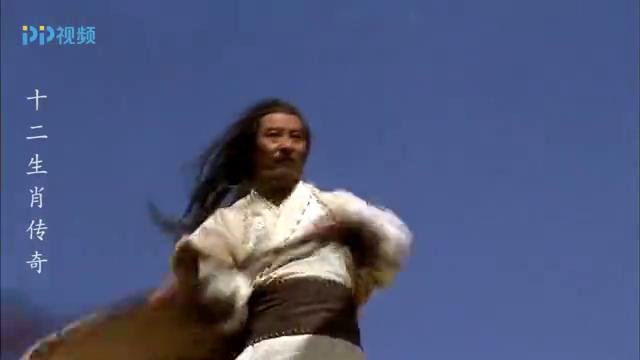 黄帝与蚩尤决战山谷,这人跟蚩尤单挑竟能不分上下,武功太高了