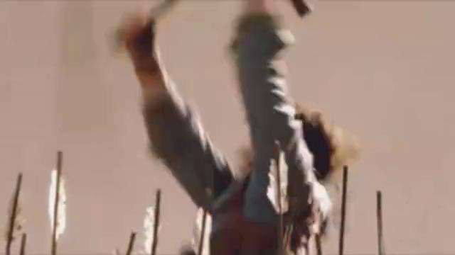 木乃伊3:夫妻大战兵马俑军团,同伴驾驶飞机赶来,疯狂扫射!