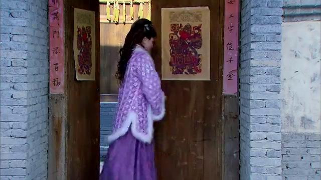 王婆错把潘金莲当成武松夫人,没想到潘金莲竟默认了,真不要脸!