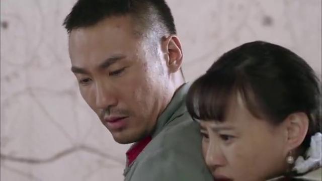郭炳生败在了柳月的死缠烂打之下,英雄难过美人关啊