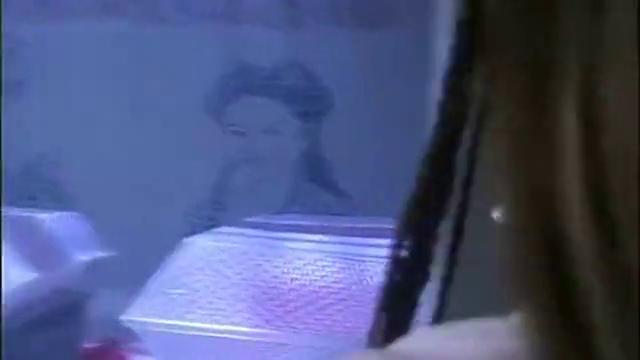 丑男痴恋邀月三十年,墙上刻满她画像,邀月一句话,丑男死也值了