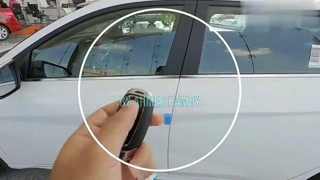 视频:2021款现代伊兰特按下钥匙,全面了解实车,我忘记了大众朗逸!