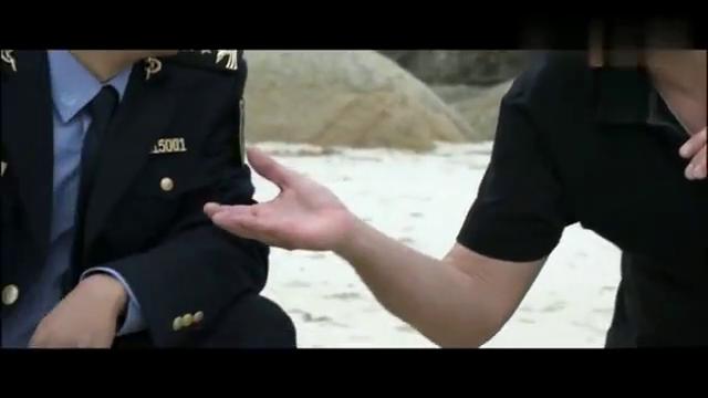 海神密码:金发美女在捞海龟蛋竟然捞到了蛇,林海媳妇该吃醋了