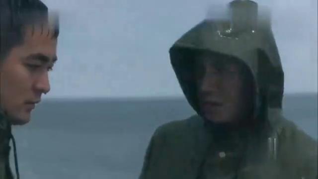 江河水:秦池虽没去防汛一线,但也时刻牵挂着大堤,他把建荣叫来