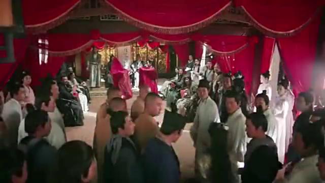赵敏在婚礼上抢走张无忌,周芷若从此黑化