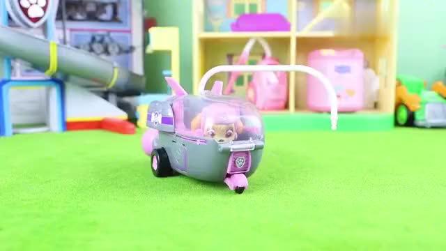 汪汪队立大功空中救援系列天天的航天飞机玩具分享