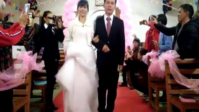 安徽一对新人,时隔39年再次踏入婚姻殿堂,祝早生贵子