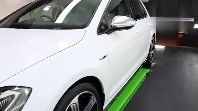 视频:实拍大众高尔夫R福特福克斯RS,高