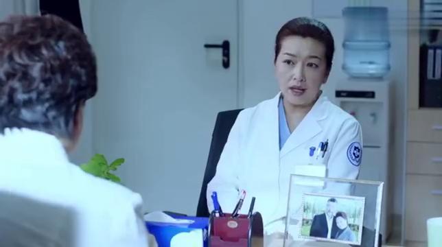 急诊科医生:院长空降江晓琪想让她当主任,女医霸气:我能辞职吗
