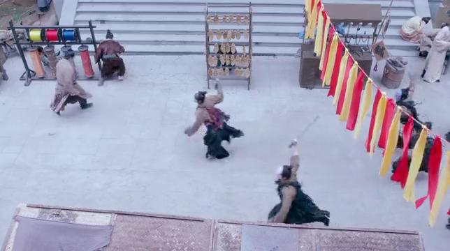 大唐荣耀:李俶带珍珠逛庙会,谁料碰面黑衣人追杀,冬珠开始逃亡