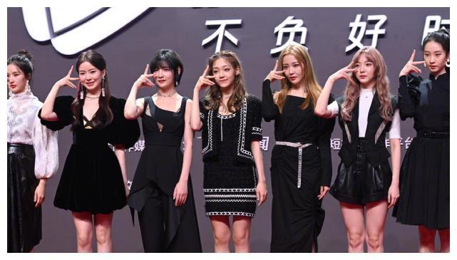 硬糖少女行程发布,为团专辑全员训练,只有陈卓璇一人另有安排