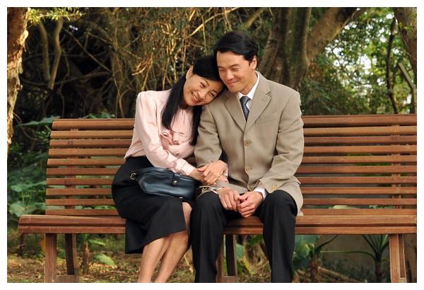 """方文琳谈姐弟恋惨被甩巴掌 搭配黄文星""""母子变情侣""""吓一跳"""