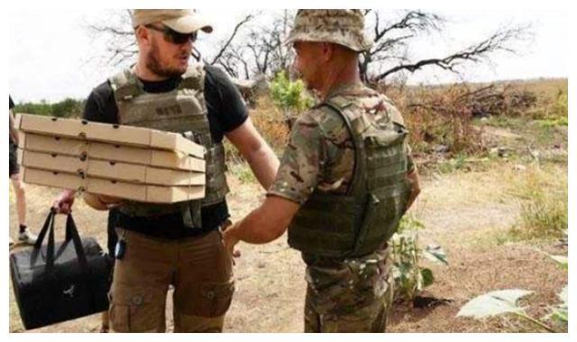 士兵交战中途饿了怎么办?叙利亚战场提供点外卖服务,包送到手上