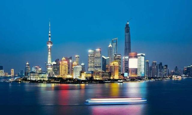 """中国最没""""灵魂""""的地方,明明是一线城市,竟没有路边摊和夜市"""