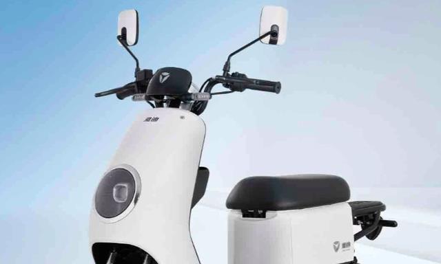 雅迪发布新车DM3,全新外观设计,可以上正式电动车牌照