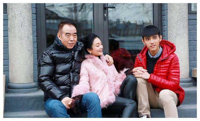 和洪晃结婚勾搭许晴,和倪萍相恋又让陈红怀孕,陈凯歌也是浪子?