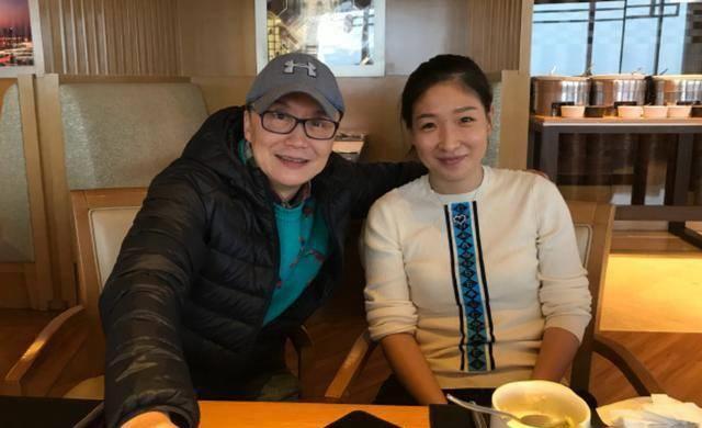 国乒名将刘诗雯宣布重要决定,马龙再展现大满贯威力,被迷妹偷拍