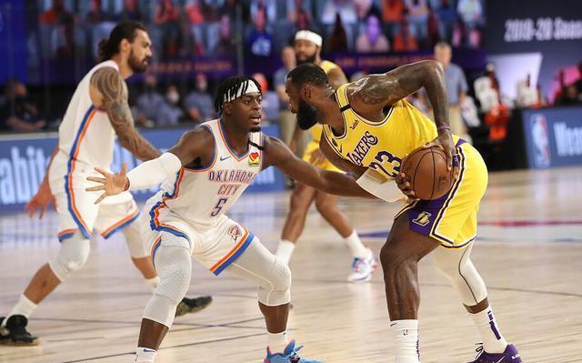 NBA今天一共安排了5场比赛,其中有3场为西部内战,而随着这3场西部球队的比赛打完