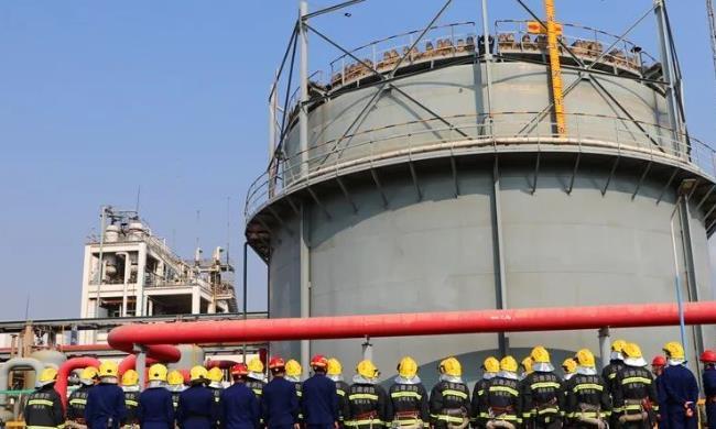 安宁市消防救援大队扎实开展复工复产企业熟悉演练