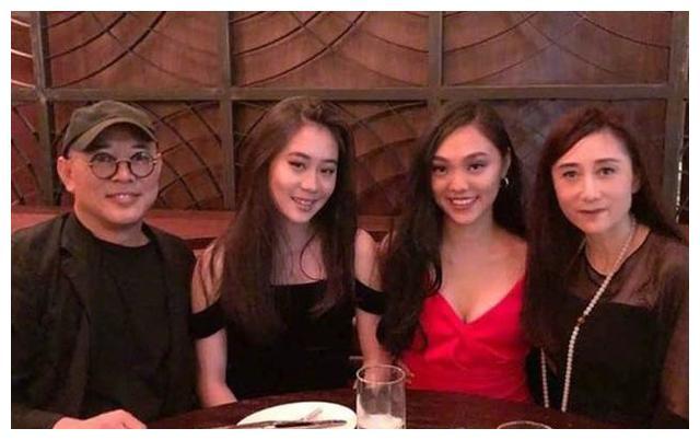 李连杰17岁女儿近照,身材颜值太出众,继承妈妈颇多优势!