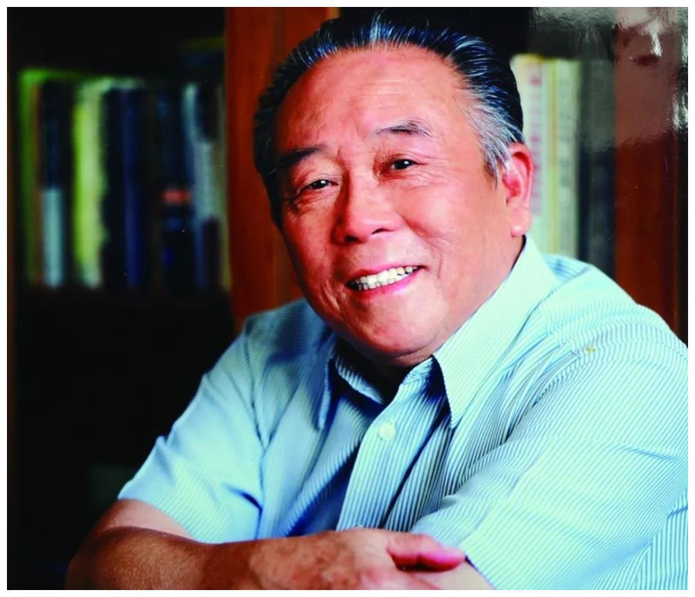 他是中书协会一二三届常务理事,夏湘平的书信曝光,字迹洒脱飘逸