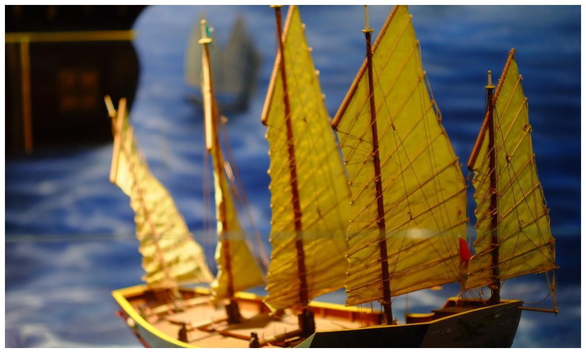 郑和下西洋,为何不做生意不抢殖民地?一百年后发现郑和真高明