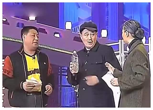 赵本山大徒弟李正春出殡:赵本山守了一夜,带领所有徒弟送行