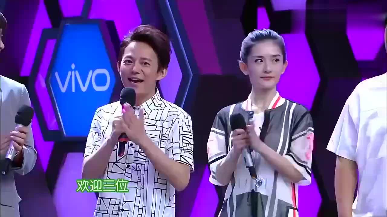 陈伟霆即兴舞蹈世界杯,问李易峰:你可以陪我吗?瞬间感觉好宠溺