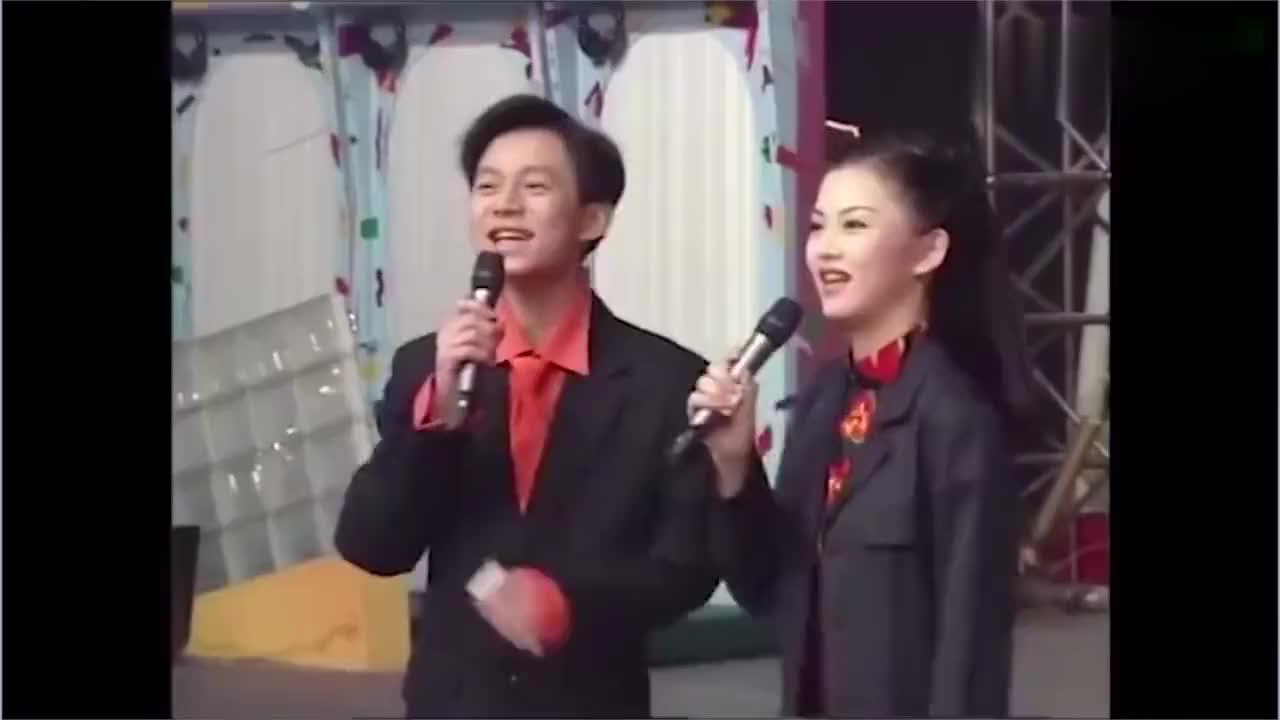 年轻时的李湘可谓是女神!搭档何炅主持清纯动人,和现在差距太大