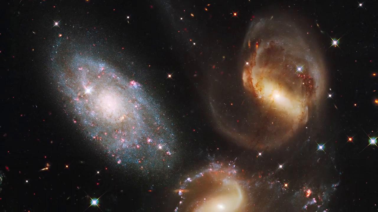 星系之旅:来看看哈勃望远镜拍摄的宇宙酷图