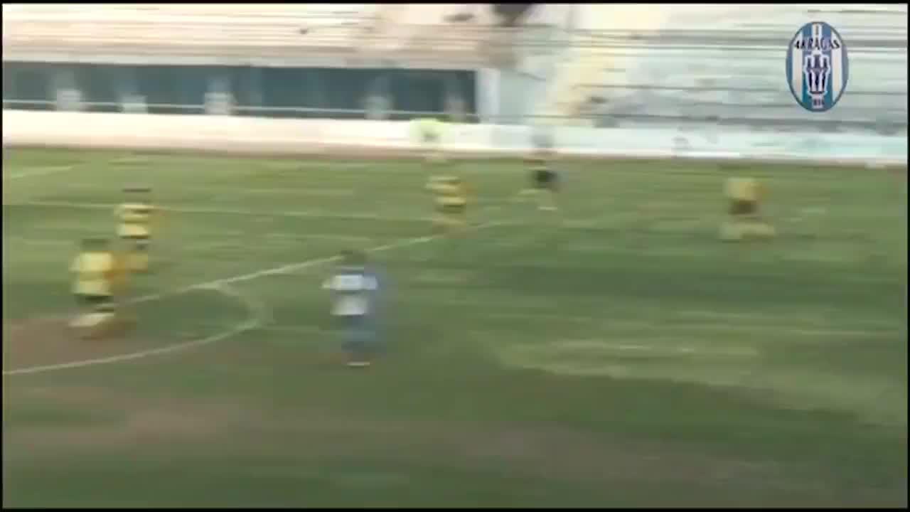 原来足球小将不是骗人的!意大利赛场上演双人倒钩