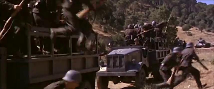 西班牙二战老电影,盟军突击队深入敌后阻击牵制德军,非常精彩!