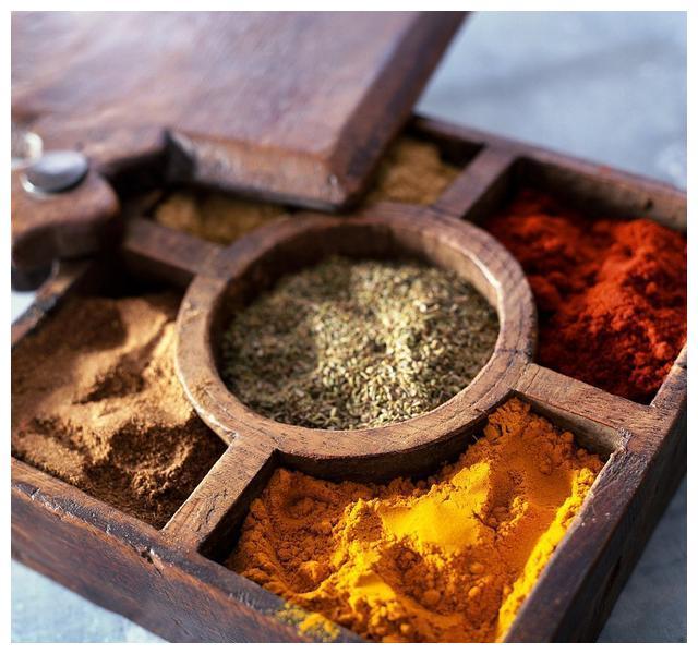 它是最古老的香料应用之一,它孕育了咖喱烙印遍布多种东南亚风味