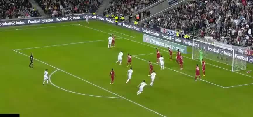 利物浦逃过一劫!米尔顿凯恩斯射门,击中门框了