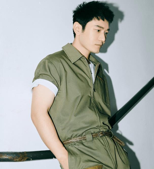 """有种""""整容""""叫黄晓明瘦身后,减肥成功帅出新高度,43岁嫩回2"""