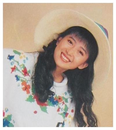 月亮公主孟庭苇,屡遭不幸吃斋念佛,被诬陷,12岁儿子力挺妈妈