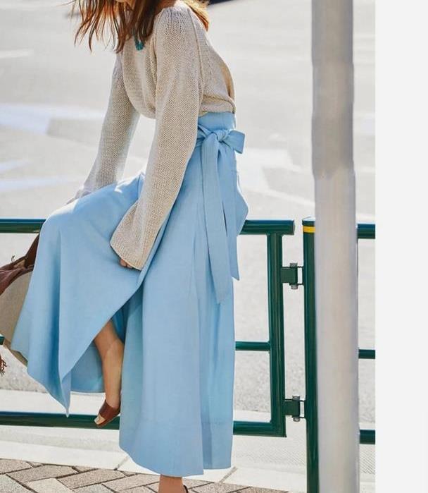 优雅静谧的日系蓝色系穿搭,显眼却不浓烈,诠释成熟女性高级气质