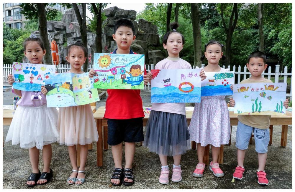"""(5)浙江长兴:""""防溺水""""教育进社区"""
