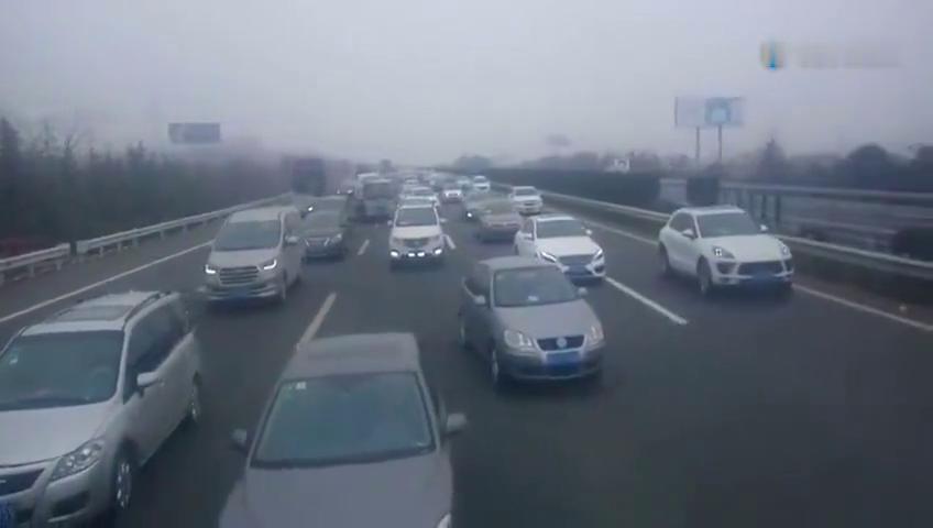 这才叫春运,沪蓉高速过年回家的沪蓉高速,祝福大家早点到家团聚
