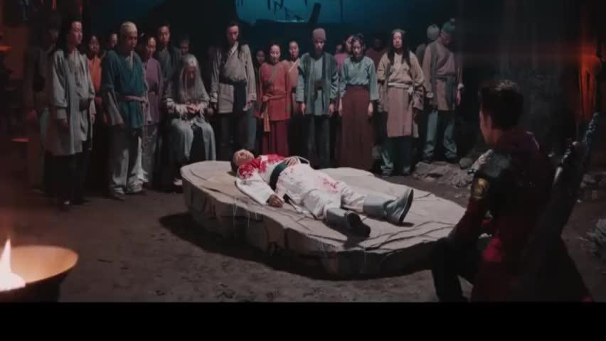 男子为了明镜村,竟把祖训交给曹焱兵,希望他能够打败南御夫