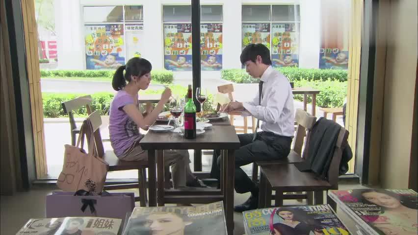男女共进午餐,直男聊天惹人爆笑,观众:活该你单身