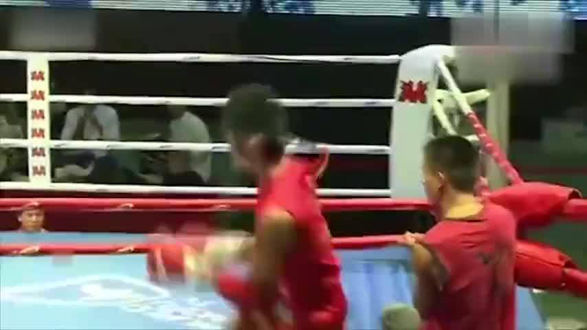 邱建良搏击生涯唯一一次被KO:打的71KG级比赛、